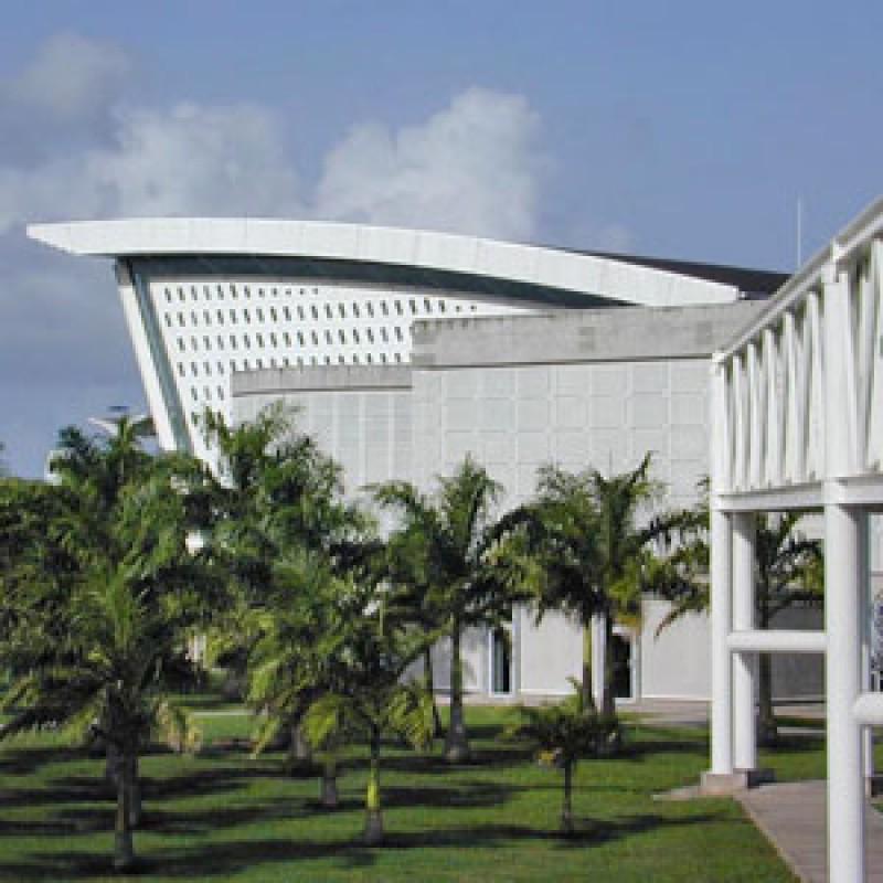agence de location de voitures et d'utilitaires  GUADELOUPE Aéroport - Navette